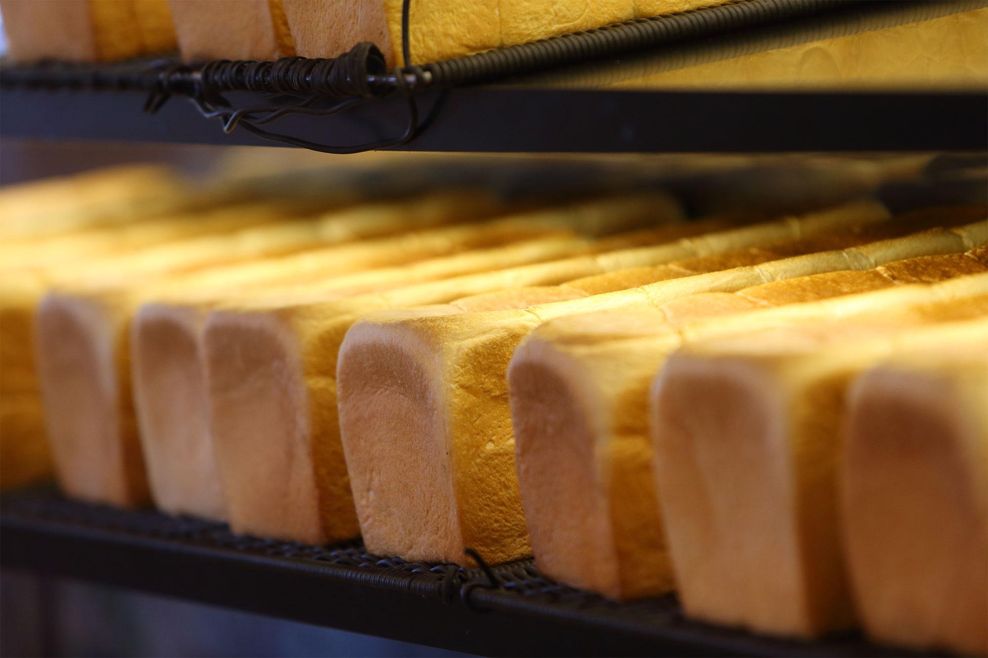 もっちりふわふわ食パン