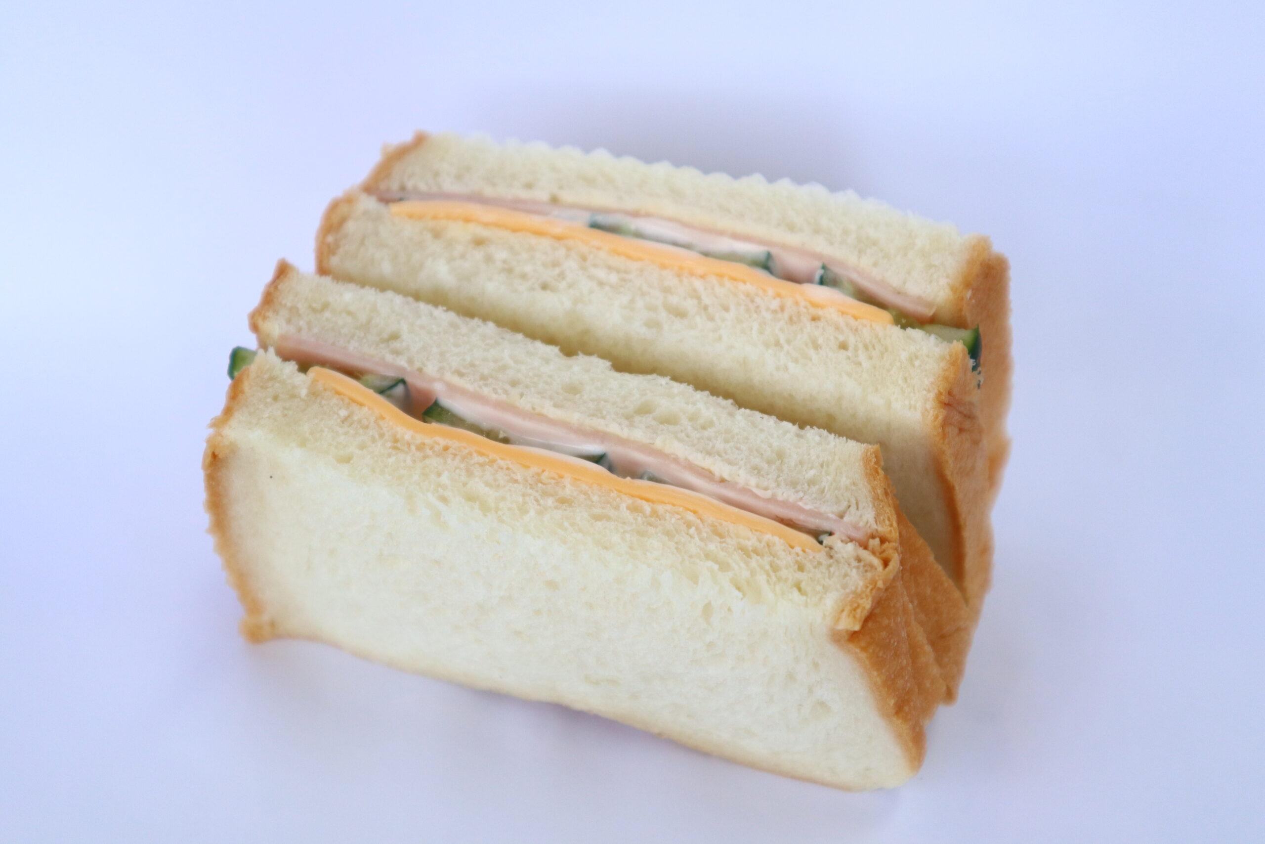 ハムきゅうりチーズサンド